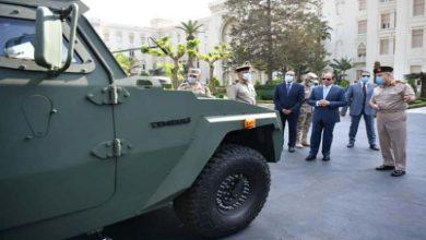 صورة بأيادٍ مصرية.. السيسي يكشف عن أسلحة متطورة