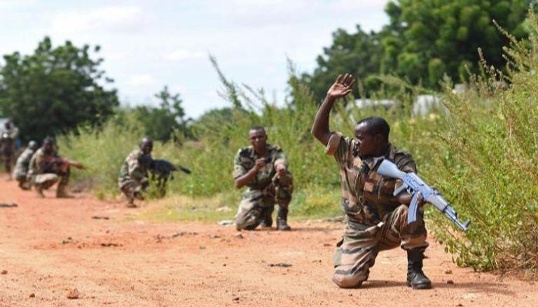 صورة الجيش النيجيري يقتل 24 إرهابيا شمال شرقي البلاد