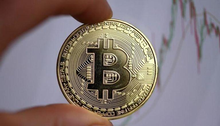 """صورة أسعار العملات الرقمية.. خسائر """"بيتكوين"""" ومكاسب ضعيفة لـ""""إيثريوم"""""""